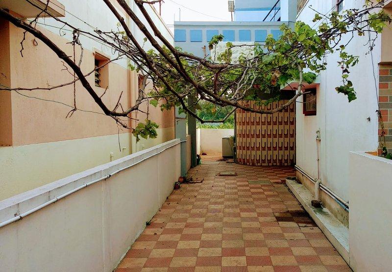 KaVins Stay, location de vacances à Coimbatore