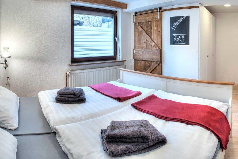 Ferienwohnung für 4 Personen im Schwarzwald, holiday rental in Tennenbronn