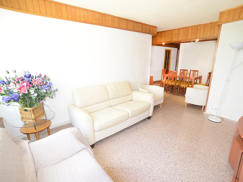 Girorooms Apartment in Platja d'Aro with terrace next to the beach - SHOPPING631, holiday rental in Castell-Platja d'Aro