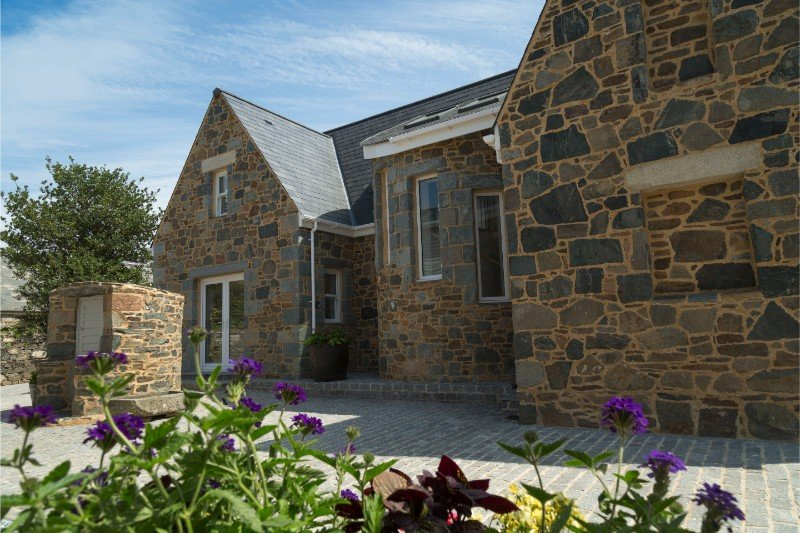 La Grange, Sark - Superb House in Channel Islands, Sleeps Up to 8 People, location de vacances à St. Mary