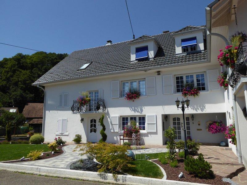Près de Bâle/4 chambres individuelles pour 4 pers. dans 5 étoiles, vacation rental in Mooslargue