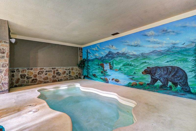 Mountain View Cabin W Indoor Pool Amp Sauna Gas Fireplace
