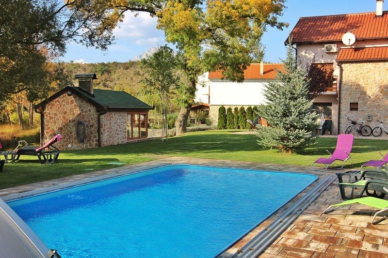 Villa Leko Dream House, casa vacanza a Hrvace