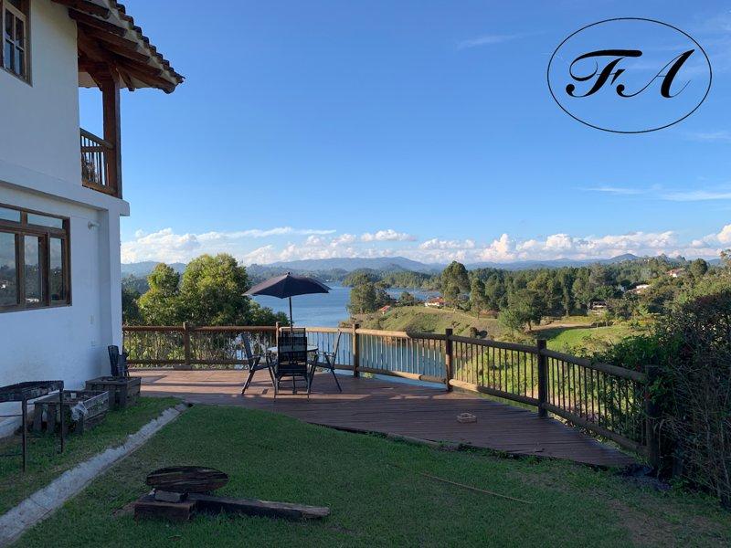 Side terrace & view