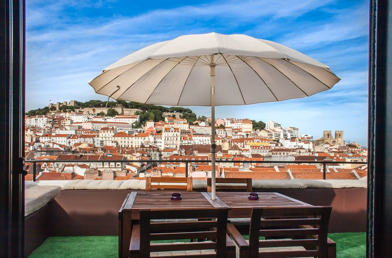 TOTE SER  Chiado Deluxe Roof Top Duplex, holiday rental in Lisbon