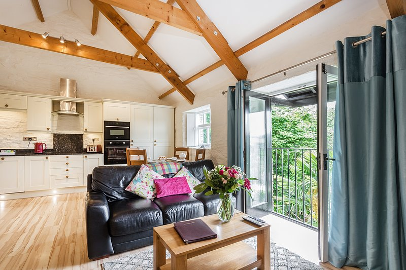 Rainbow Cottage -Perfect for Couples and Families at Old Lanwarnick Dog Friendly, location de vacances à Pelynt