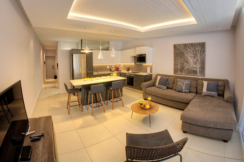 Executive Living, holiday rental in Green Point