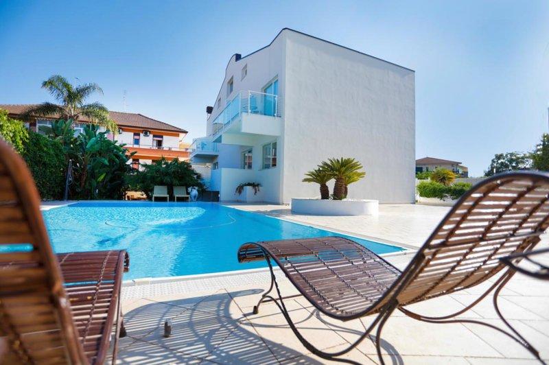 Etna Apartment, location de vacances à Riposto
