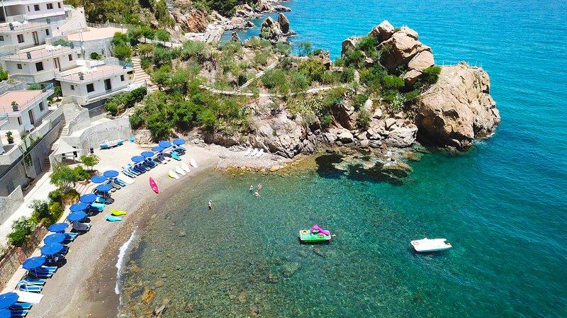 Baia Blu Apartments - Private Beach