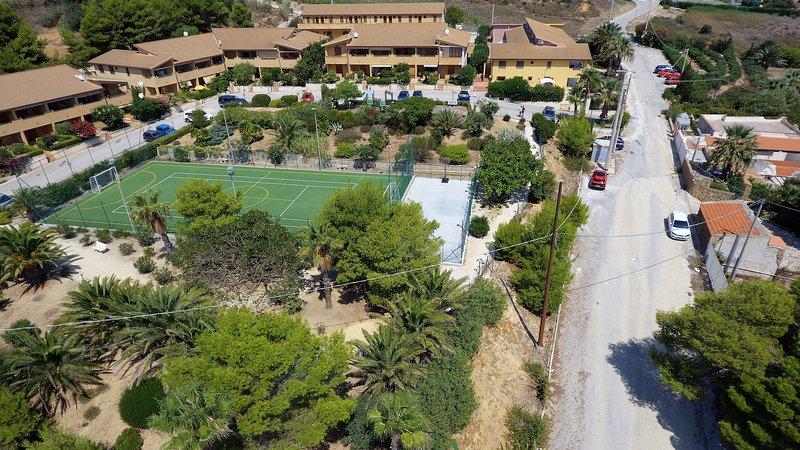 Case Vacanza Renella 3 posti letto Balcone,wifi,self-catering, 200mt dal mare, holiday rental in Localita Rogana I