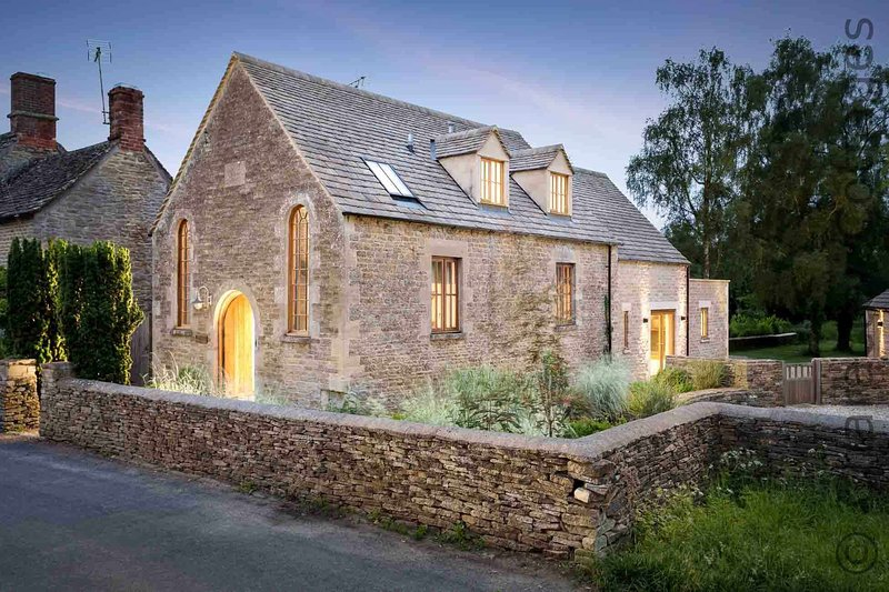 The Chapel is a stunning conversion combining period features with modern design, holiday rental in Down Ampney