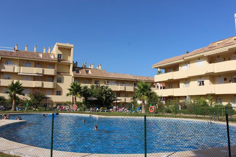 Alboran Hills Spain (Andalucia) /proche plage, vacation rental in San Martin del Tesorillo