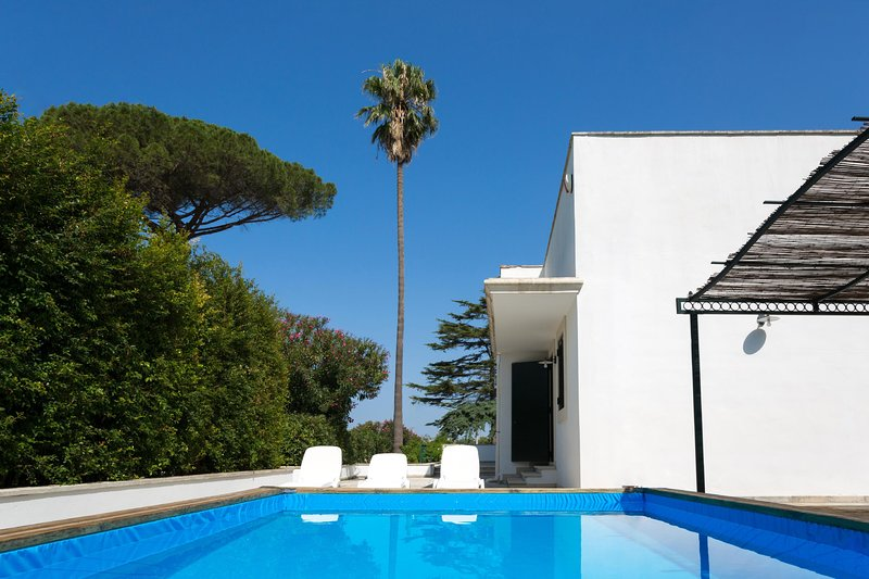 Country Pool House - Casarano, holiday rental in Casarano