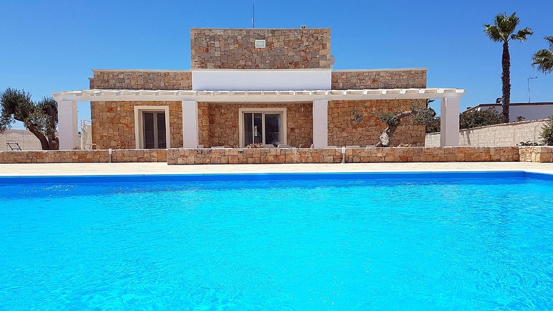 Malaspina Luxury Pool - Capilungo, alquiler vacacional en Capilungo