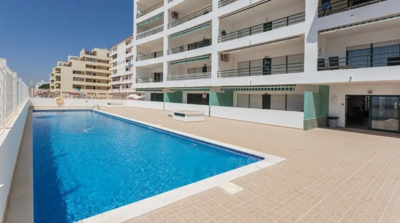 Oceanides Sea view Apartment in Quarteira – NO BOOKING FEES, vacation rental in Vilamoura