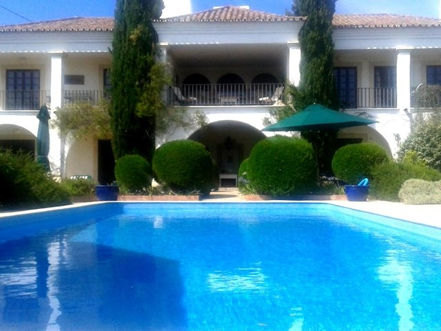 Vale do Judeu Villa Sleeps 14 with Pool Air Con and WiFi - 5718206, vacation rental in Vilamoura