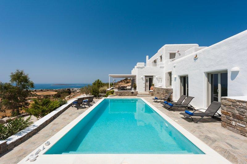 Villa Nashira with private pool, next to Farangas and close to Aliki, Ferienwohnung in Aliki