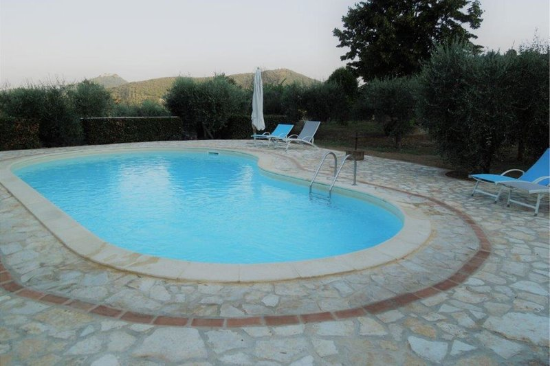 Tavernelle Villa Sleeps 8 with Pool - 5738929, vacation rental in Sant'Arcangelo