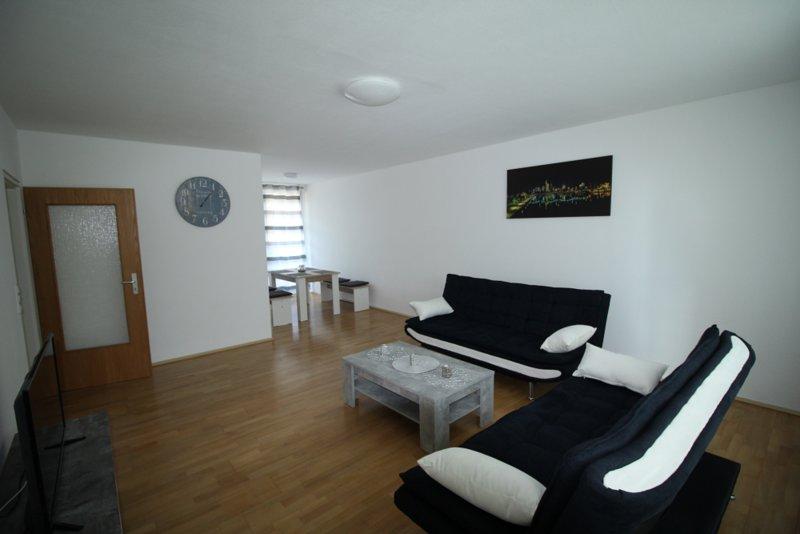 Ferienwohnung Bruchköbel 3, vacation rental in Ortenberg