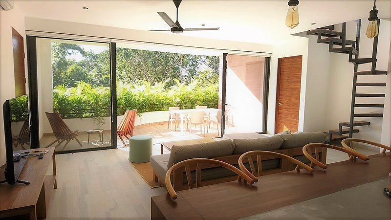 Two floors apartment with rooftop, private plunge bathtub, terrace and patio BBQ