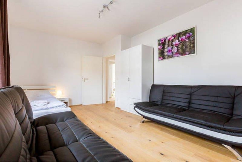 Ferienwohnung in Bergisch Gladbach Refrath, holiday rental in Overath