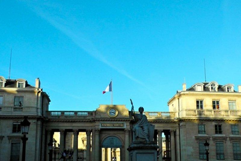 Vista del Palais Bourbon que es nuestra cámara de gobierno.