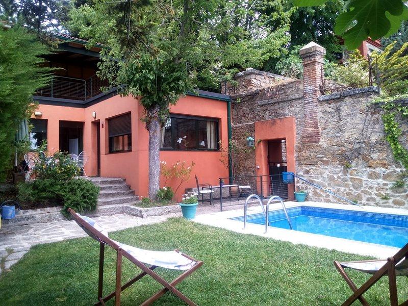 Casita individual en El Escorial, casa vacanza a Robledo de Chavela