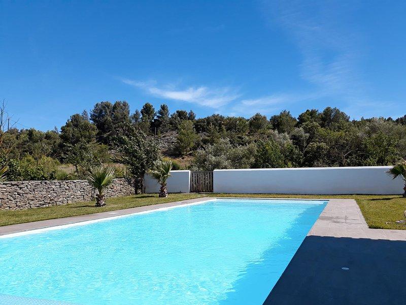 Elaia villa méditerranéenne - location Phoebé, holiday rental in Escales