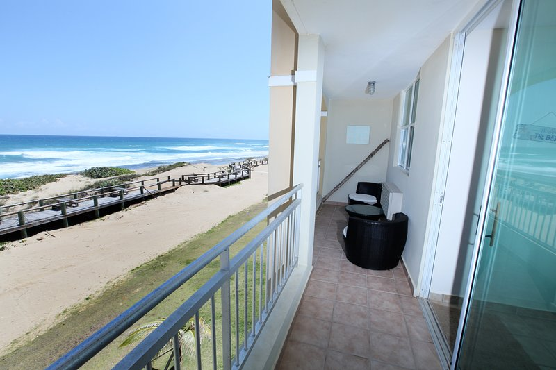 Stunning Oceanfront Penthouse, holiday rental in San Antonio