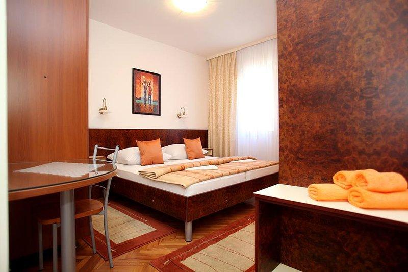 Apartment Ivan (Ground floor), alquiler vacacional en Vinisce