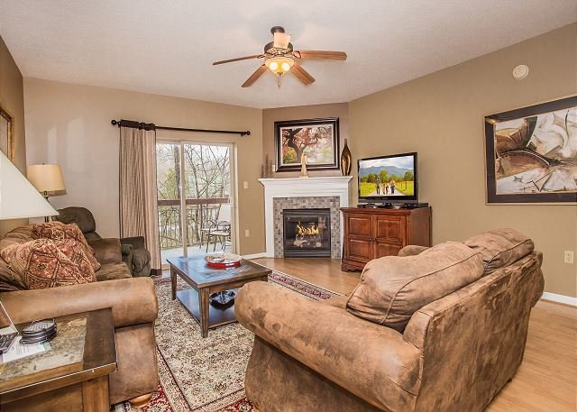 3BR on the River, Walk to Parkway, Free Dollywood Ticket