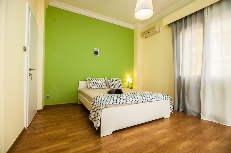 Hagia Sofia Grande View Apartment, alquiler de vacaciones en Agios Pavlos