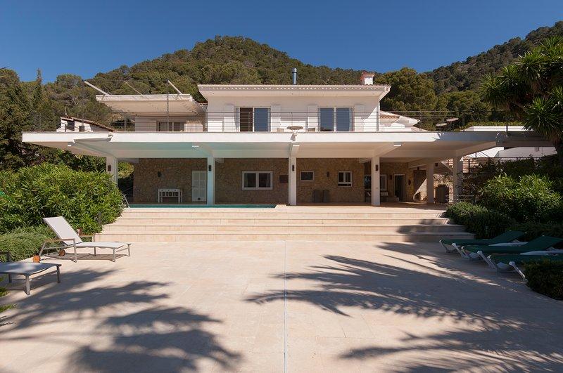 weisse Villa für 6 Personen ab 275€/Tag mit Meersicht, vacation rental in Costa De Los Pinos