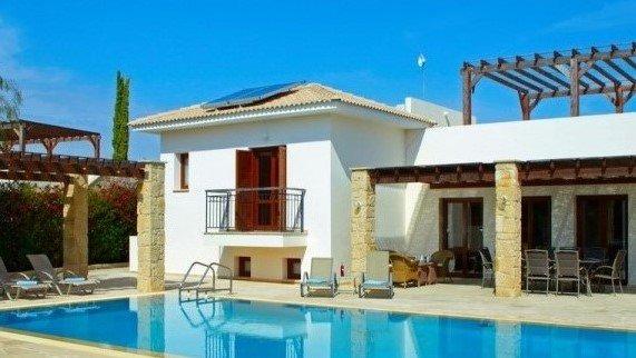 Aphrodite Hills 4 Bedroom Villa - Dorcia, alquiler vacacional en Kouklia