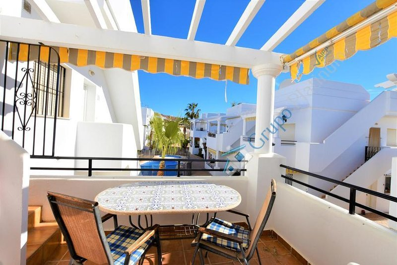 16P  Penthouse property overlooking pool, holiday rental in El Pozo del Esparto