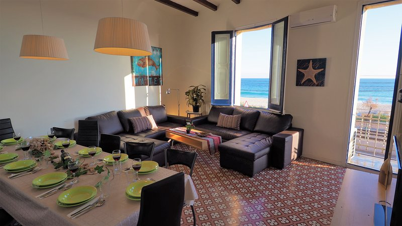 MARISOL SEAVIEW & BEACH - apartment, vacation rental in Alella