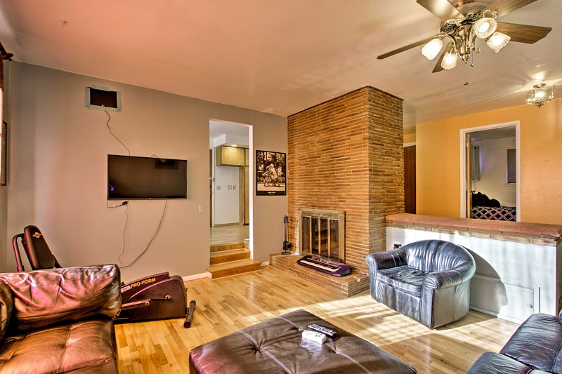 Seattle Home-2 Mi. to Airport + 13 Mi. to DT!, holiday rental in Covington