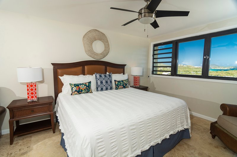Sapphire Special-Complimentary 1BR Upgrade - Free H/S WIFI & No Excessive Fees, vacation rental in St. Thomas