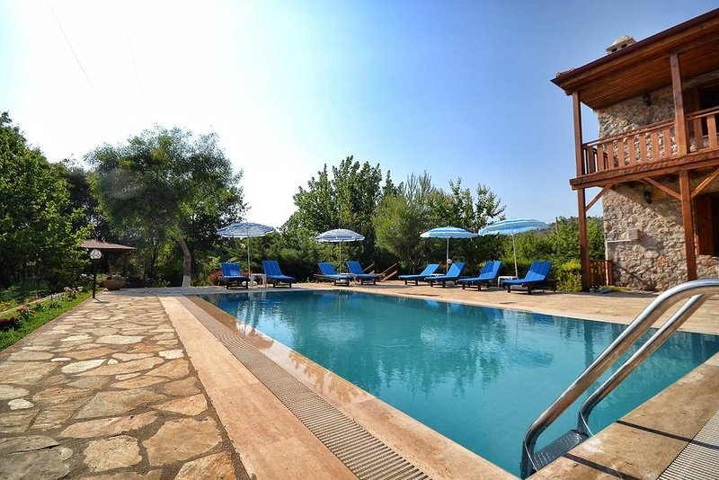 AKY8800-Fethiye Kayaköy 4 rooms with private pool, vacation rental in Yalikavak