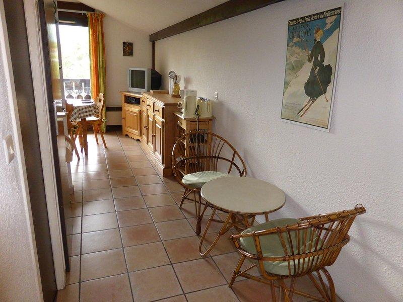 Profitez de la décoration chaleureuse et confortable de notre appartement.