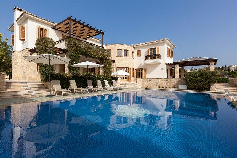 Aphrodite Hills 5 Bedroom Luxury Villa - Posseidon, vacation rental in Kouklia