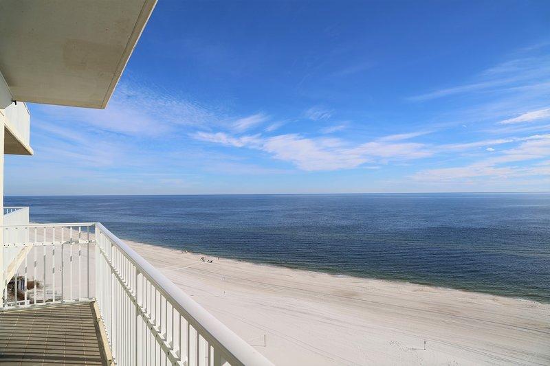 Vista frontale del golfo da avvolgere intorno al balcone!