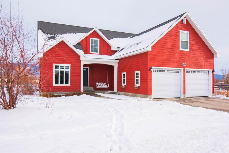 The Red Farmhouse-Winter Deals!Ping Pong Table!Large home,great for large groups, vacation rental in Driggs
