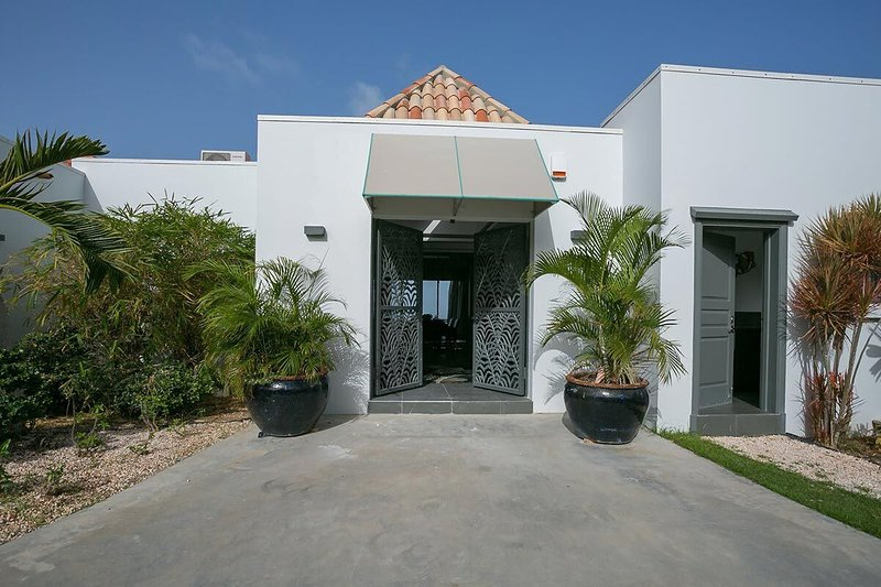 Hope Estate, 4BR vacation villa rental in Orient Bay, St Martin