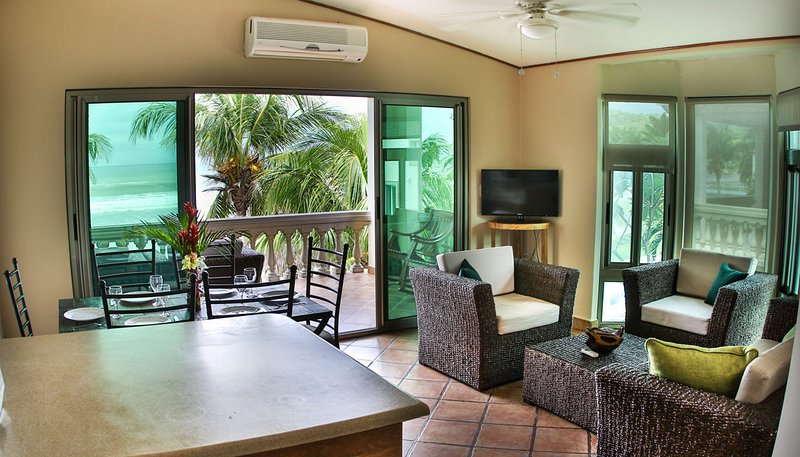 Villas Iguana A-15: Beachfront Condo, vacation rental in Popoyo