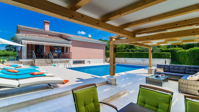 Villa Martha, holiday rental in Golas