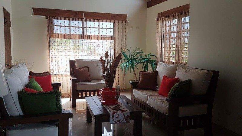 Villa Laura Jarabacoa, Your home up in the mountain, holiday rental in Jarabacoa