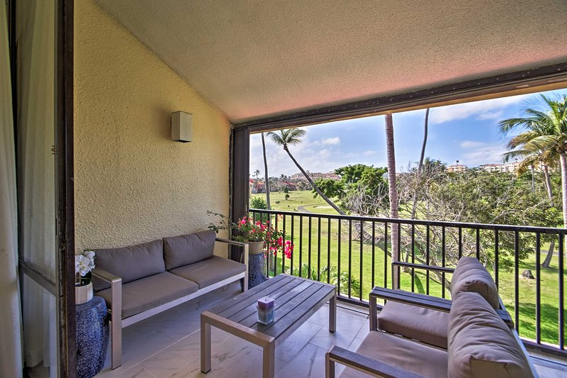 Bright & Airy Palmas del Mar Condo: Walk to Beach!, vacation rental in Palmas Del Mar
