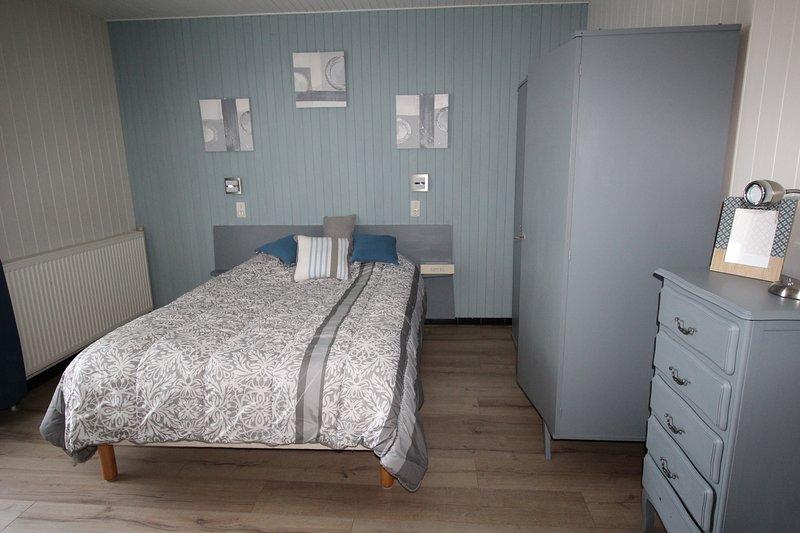 Appartement T1 meublé 32m² Turquoise au calme double balcon, avec parking, casa vacanza a Montcel