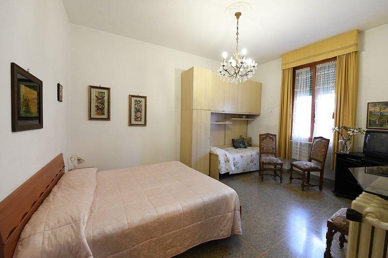 Silenzioso appartamento in centro, location de vacances à Papigno